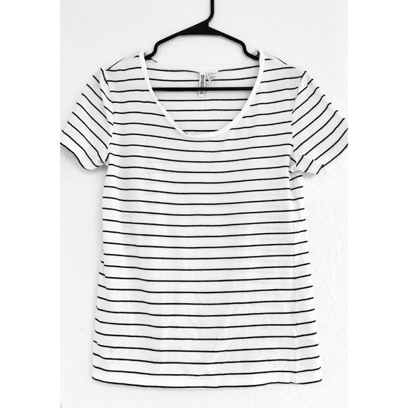 2b2ca08633c6 H&M Tops | Hm Divided Tshirt White With Black Stripes | Poshmark